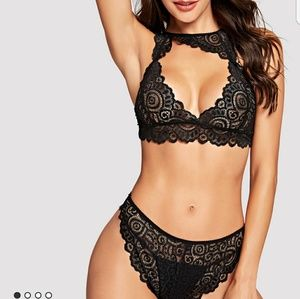 Other - Scalloped Trim Lace Lingerie Set